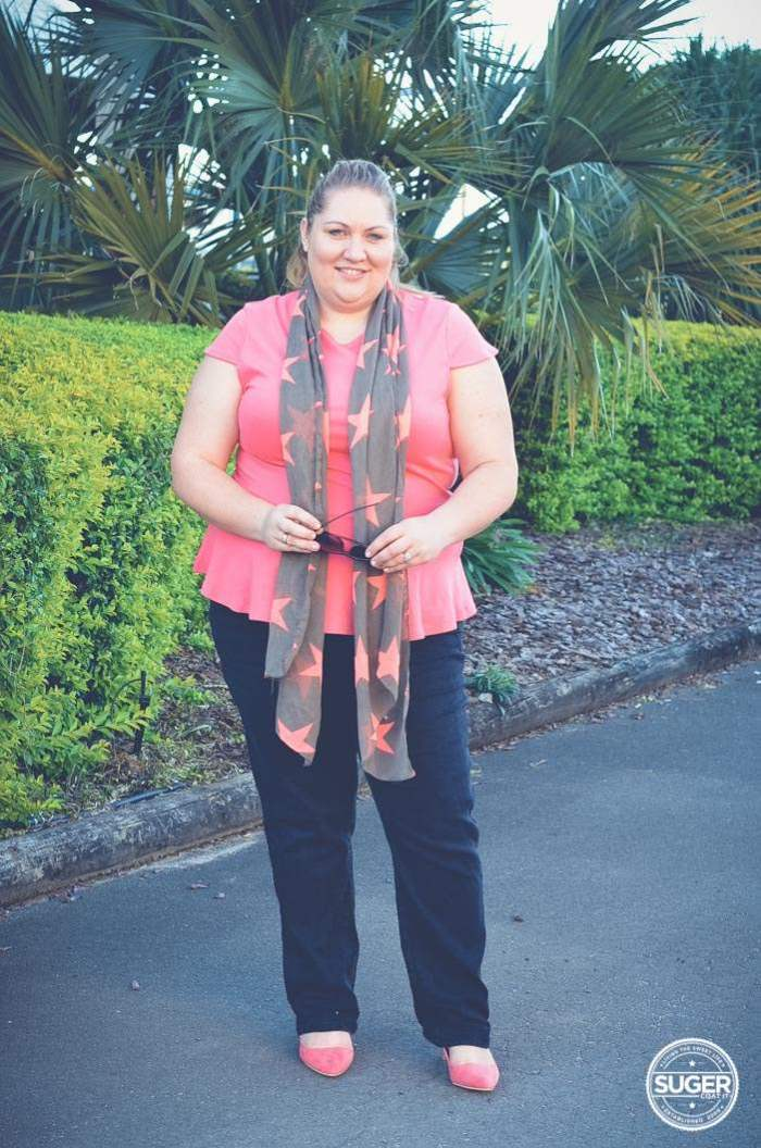 plus size weekend outfit jeans and scarf-10