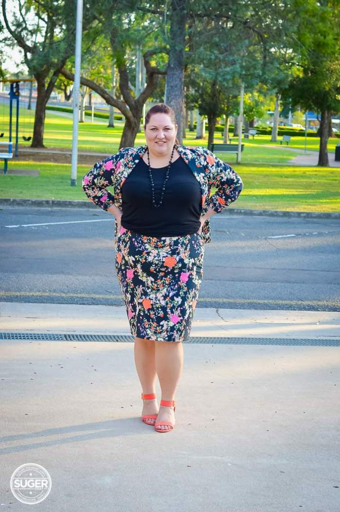 plus size winter floral suit for work-2