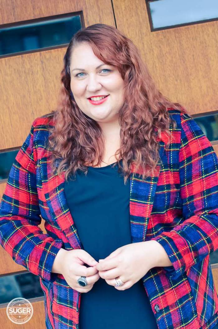 plus size plaid jacket outfit with red heels-6