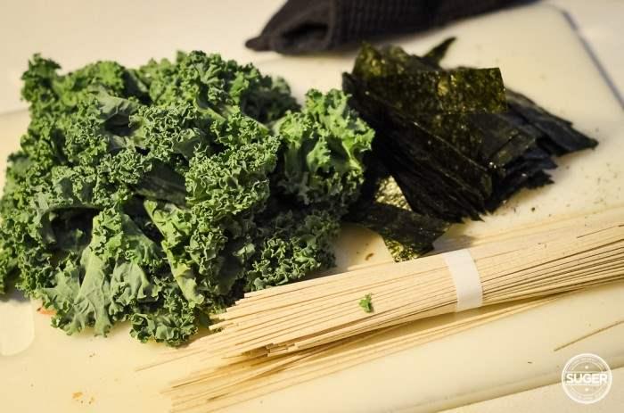 miso soba noodle kale and mushroom soup-5