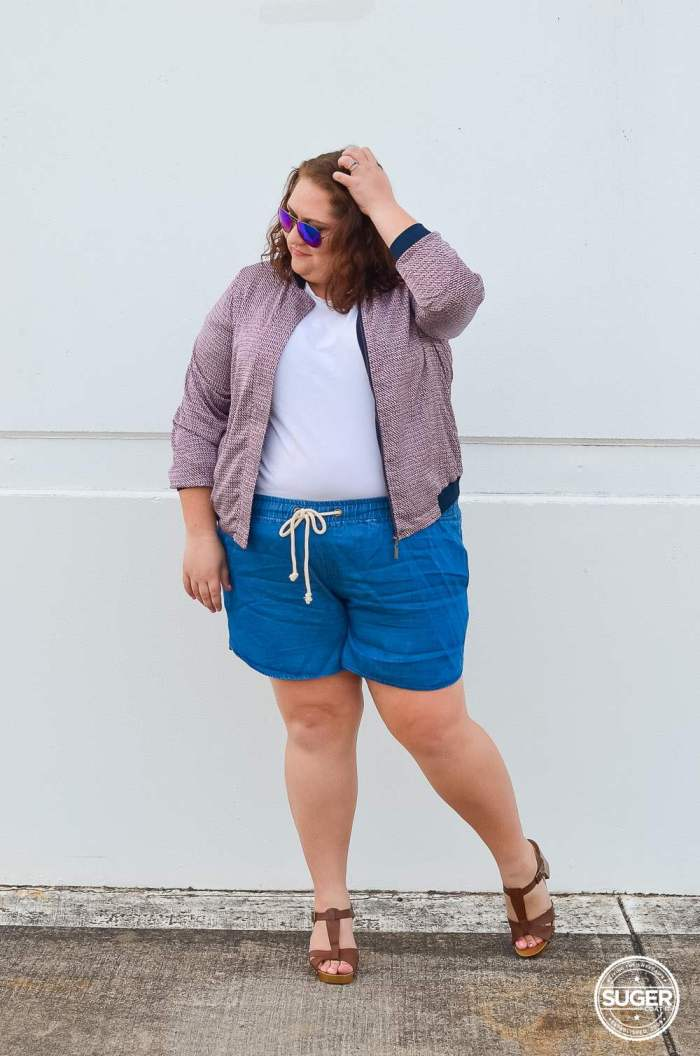 australian plus size fashion blogger plus size casual shorts bomber outfit