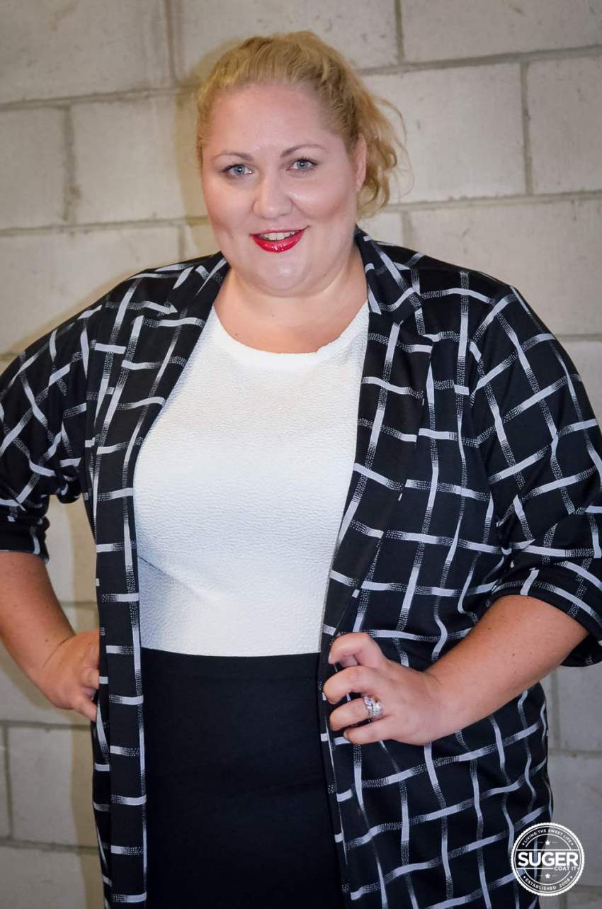 boohoo plus size work style monochrome outfit-8