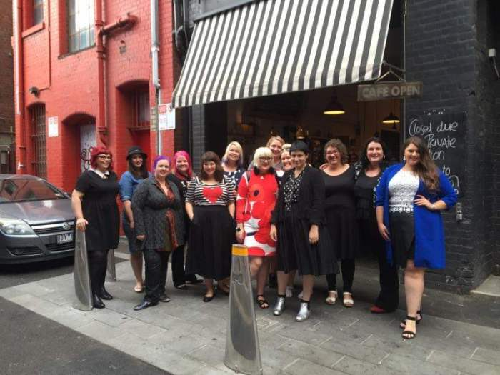 official bloggers - curvy couture road show 2015