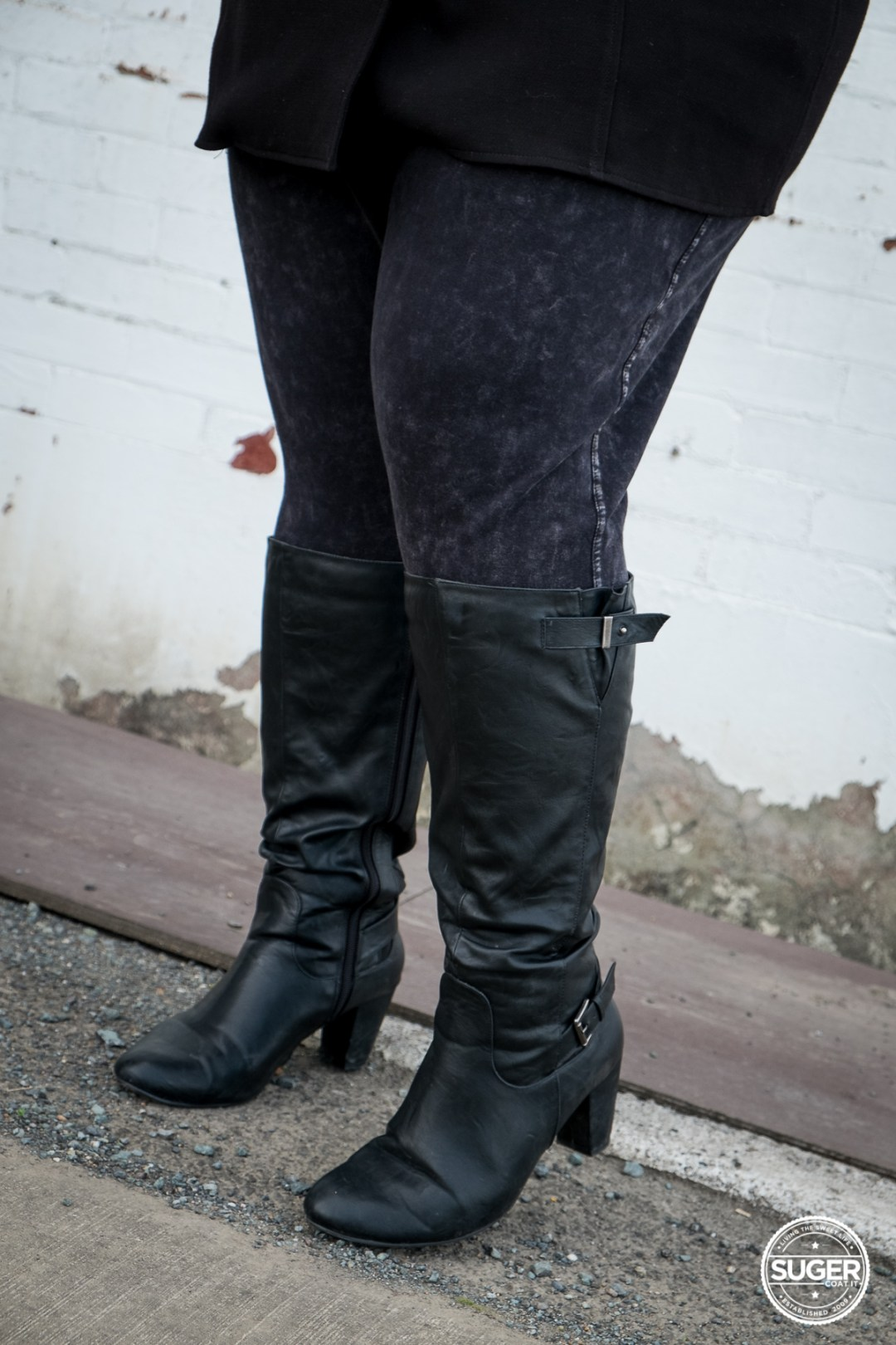 plus size fashion blog winter outfit boots leggings-1