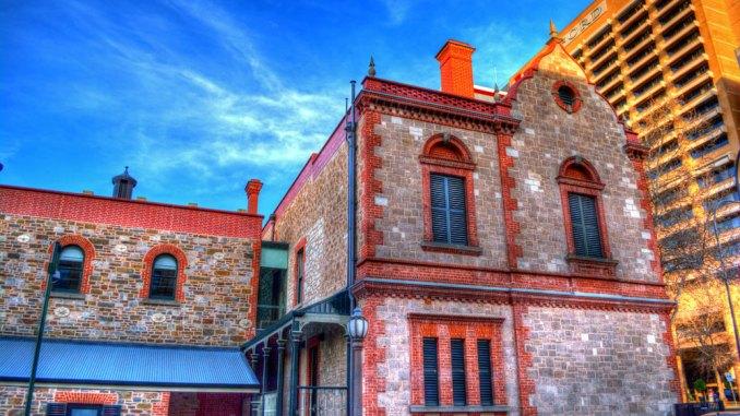 Adelaide-suggpix