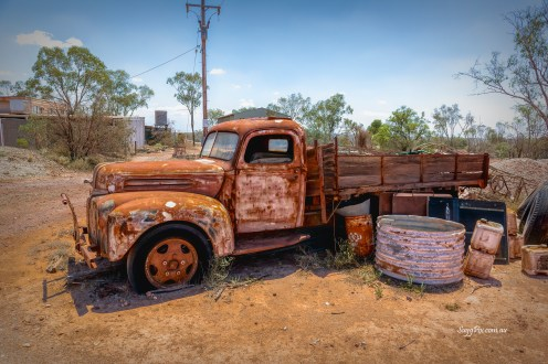 Old Truck - Lightening Ridge