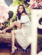 Kim Won Kyung Floral Allure Magazine April 2013 (2)