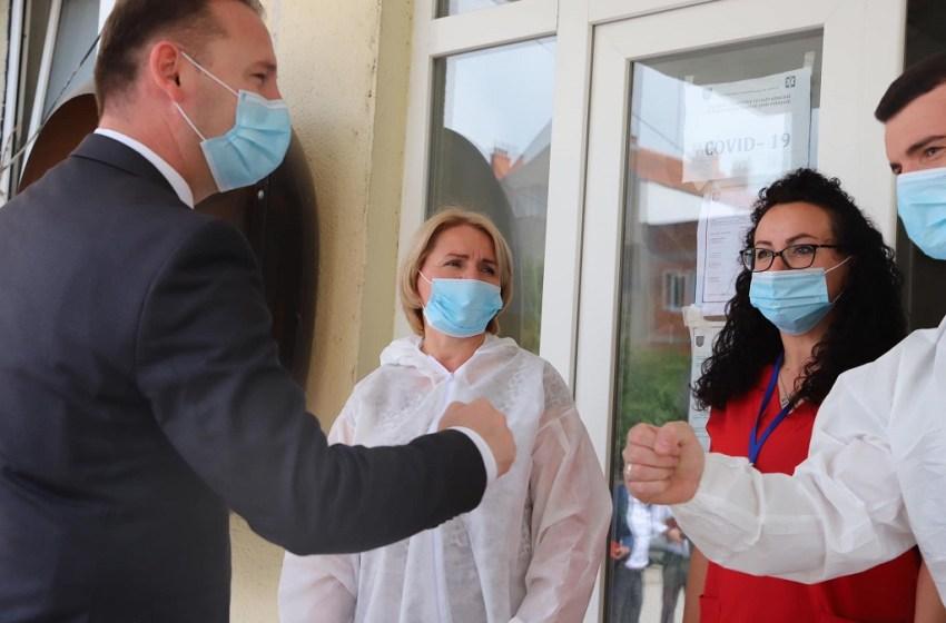 Zemaj: Jemi angazhuar që punonjësve shëndetësor t'u respektohen të drejtat e tyre