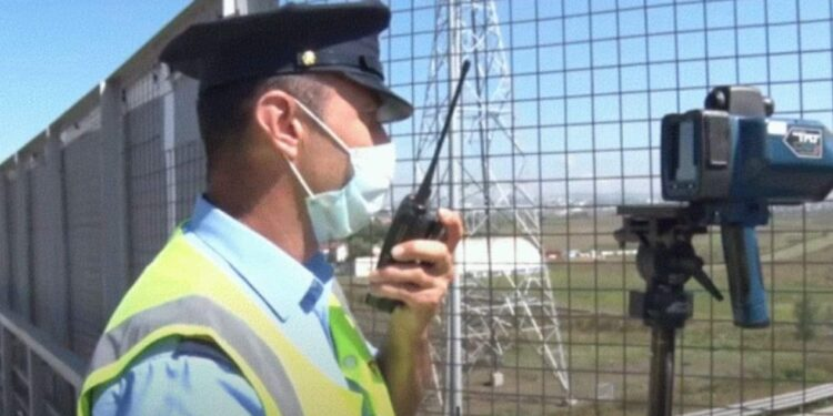 Shoferët ia shohin sherrin radarit me foto, gjobiten 1200 persona