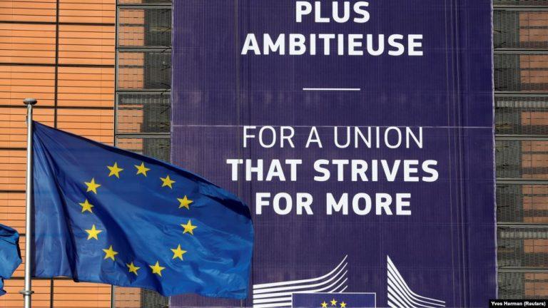 Gjermania pro liberalizimit, Franca kundër