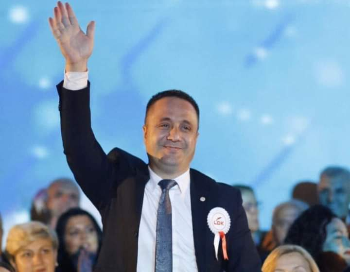 """Zëvendëskryeministri Selmanaj: """"Kryeministri është autoriteti i vetëm ekzekutiv që udhëheq dialogun mes Republikës së Kosovës dhe Serbisë"""""""