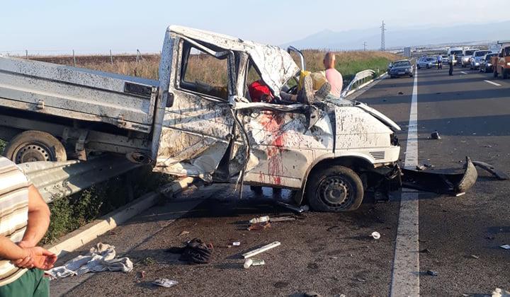 Aksidenti në autostradë, katër të lënduar