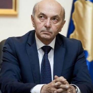 Mustafa: Ta kërcënosh kryeministrin me shkarkim pse e kapi virusi, është kanabalizëm politik e idiotizëm i skajshëm