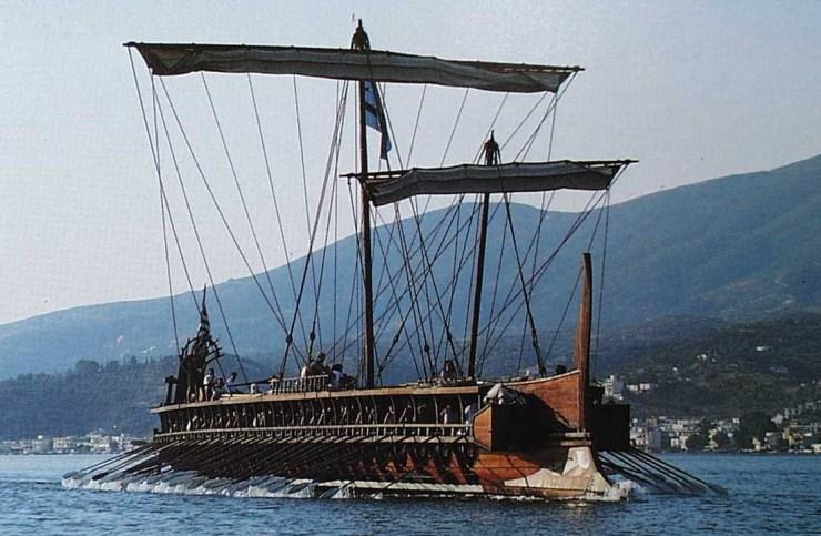 水中考古学 トライリム 三段櫂船 11