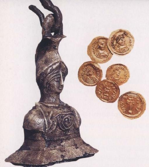 中世 地中海 水中考古学 ヤシ・アダ 沈没船 24