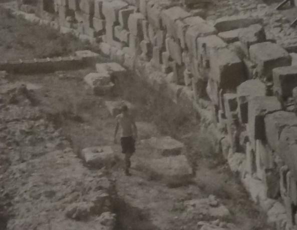 水中考古学 ラム 古代 兵器 14