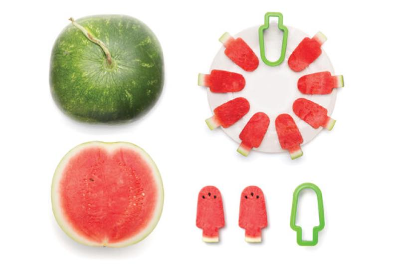 Pepo watermelon cut in the shape of a popsicle 004