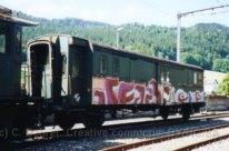 CH - Classic Rail ancien fourgon taggué à St-Sulpice