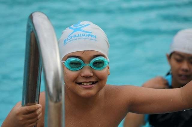 水泳が上達するための5つのコツ!小学生から選手コースで泳いだ体験談