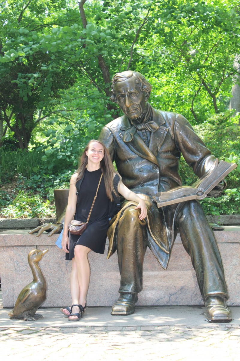 Suitcase Six NY-STATUE-1 6 Stops to Make in Central Park