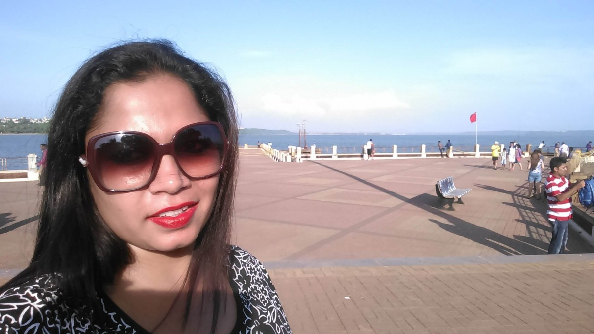 Suitcase Six Bhavi-water-selfi Woman of the Week: Bhavi