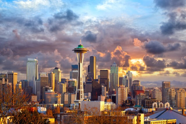 Suitcase Six 1_Seattle_Bucket_List_-_By_dibrova 5 Reasons Why Seattle Should be on Your Bucket List