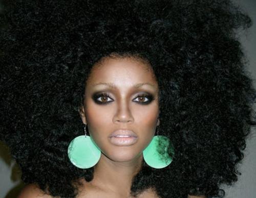 Natural Hair Chronicles Chicago Hair Salons Big Chops  Blonde Streaks  SUITE7beautyTALK