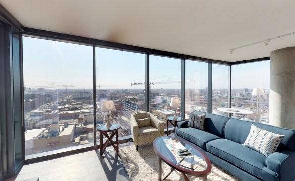 living-balcony