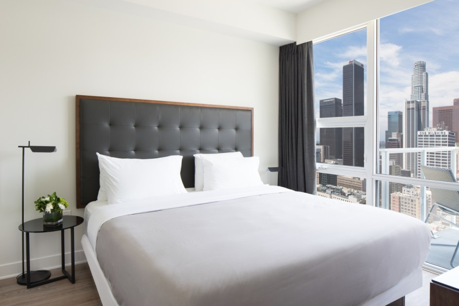 Deluxe Three Bedroom Suite at LEVEL Furnished Living Suites  Suiteness  Stay connected