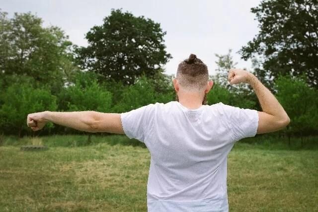 肩甲骨の歪み