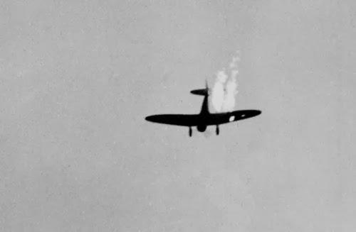 Sejarah : Foto Serangan Jepang ke Pearl Harbor