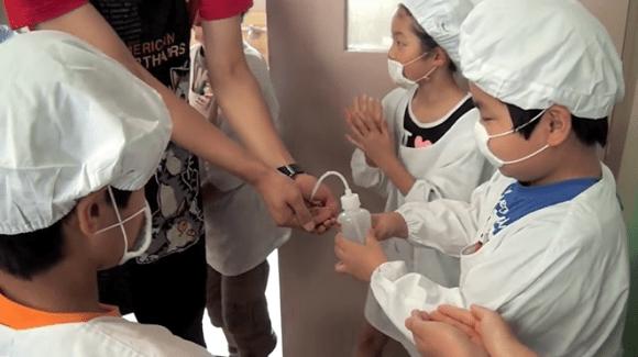 Salah Satu Alasan Kenapa Murid di Jepang Disiplin dan Bertanggung jawab