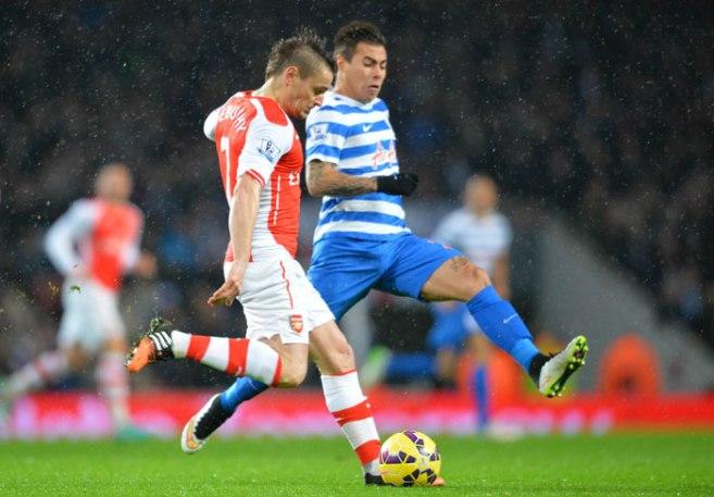 Arsenal-Kutip-3-Mata-Dengan-10-Pemain