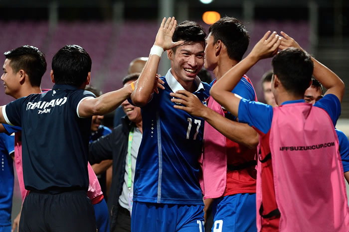 Piala-AFF-Suzuki-2014-Filipina-0-0-Thailand-(Semi-Final)