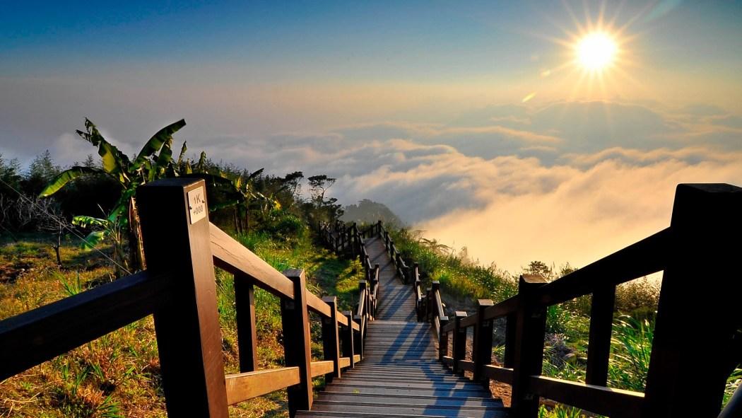 870-schody-na-szczyt-gory