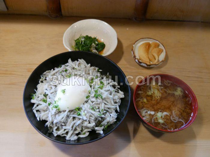 日本料理諏訪亭水戸しらす丼定食