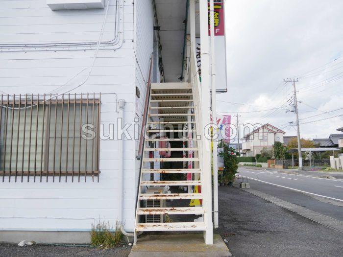 志のや階段