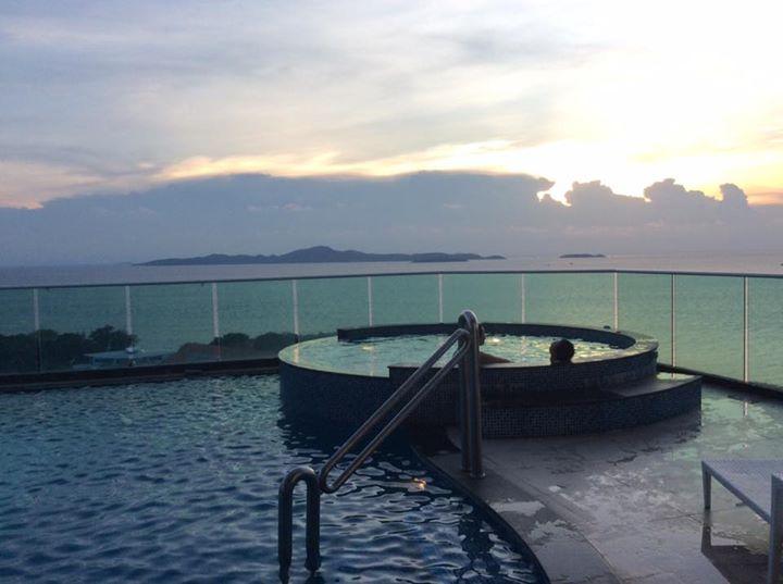 Cosy beach view condominium Pattaya for RENT