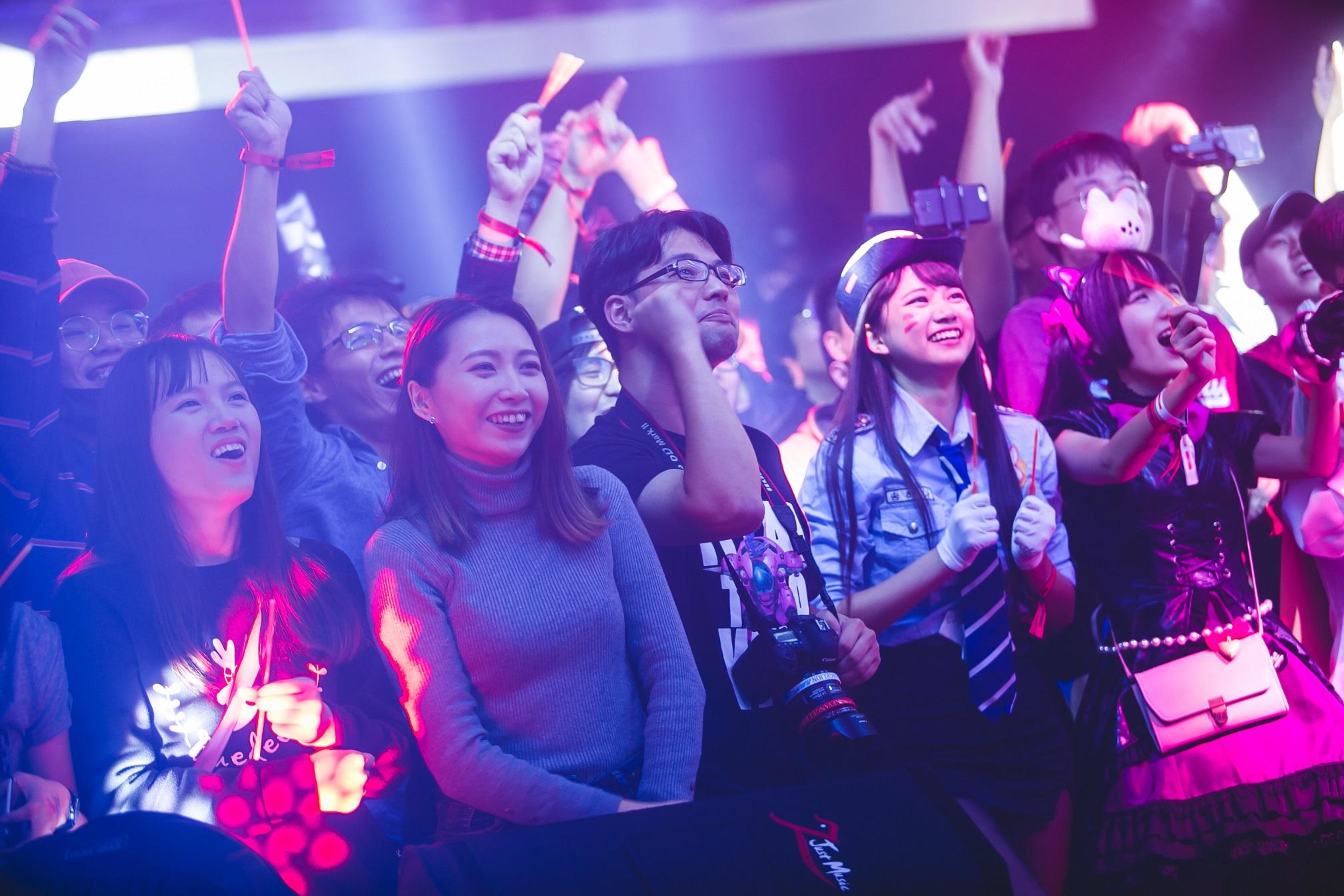 3_透過豐富賽事、表演內容與玩家們自造式娛樂,WirForce 2019「We Make Unity」的熱血精神將得以實現。