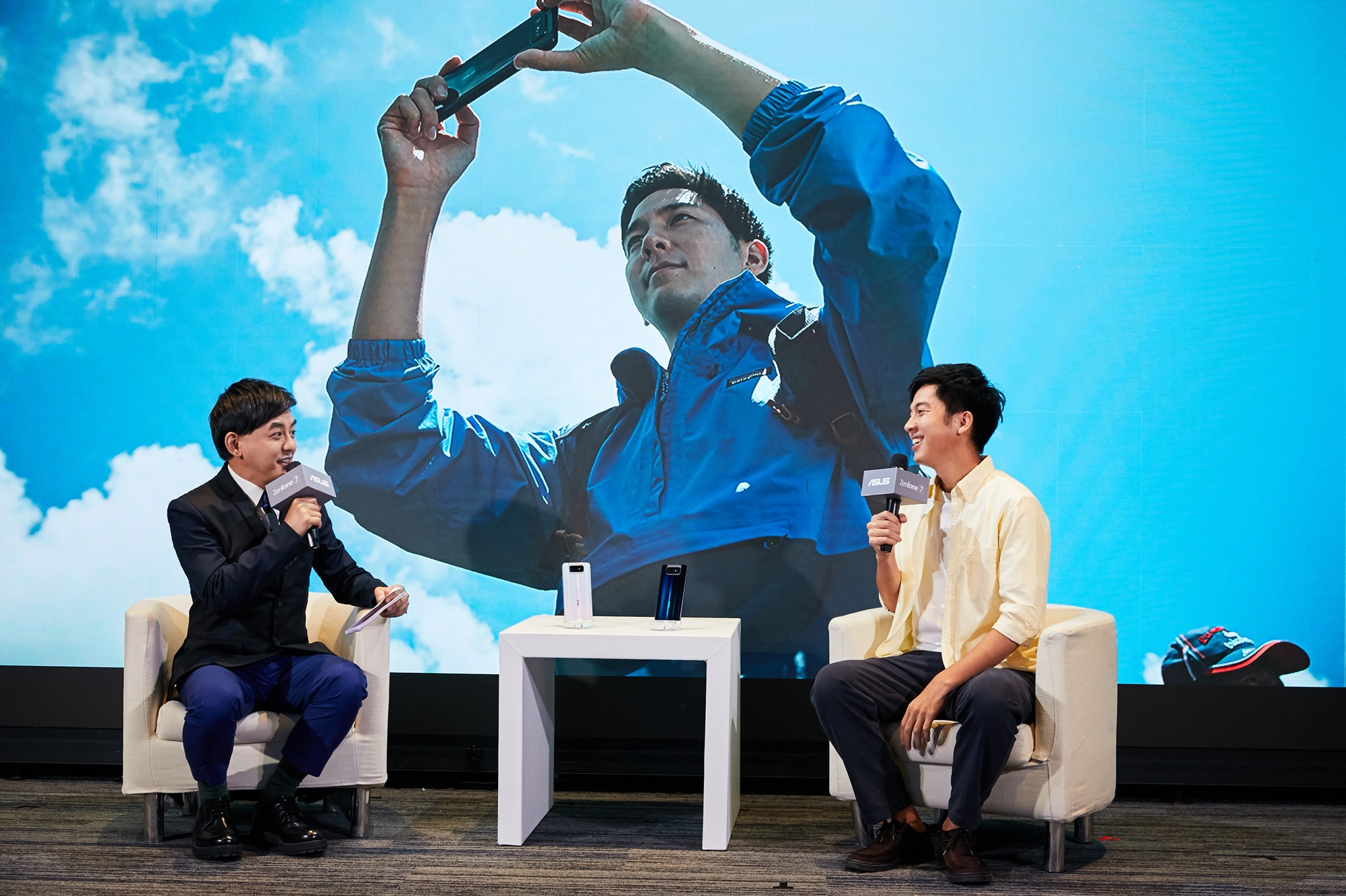 ASUS ZenFone 7使用心得及攝影作品。