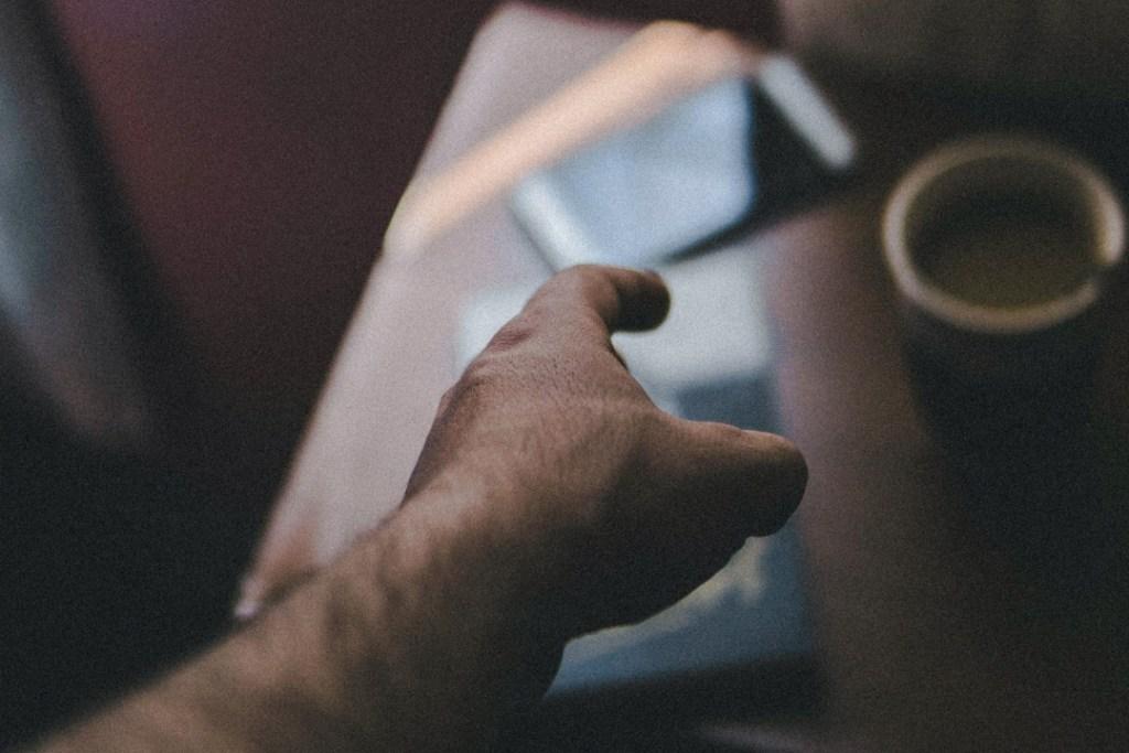 傑昇通信建議別買白牌機,選擇有商譽的品牌手機及售後服務更重要