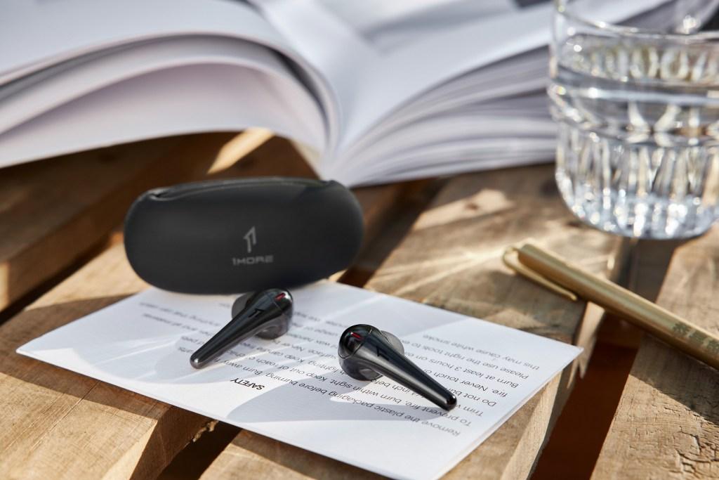 耳機品牌資優生1MORE萬魔聲學重磅推出1MORE ComfoBuds Pro主動降噪耳機