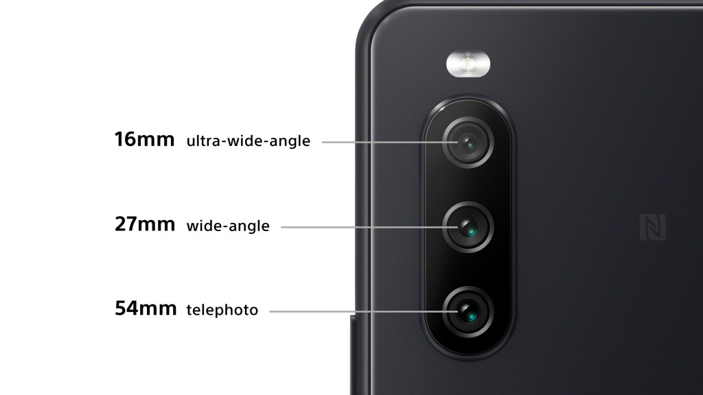 Xperia 10 III聰明攝影好選擇,獨立三鏡頭相機好切換,夜間模式超清晰,AI智慧場景模式輕鬆拍