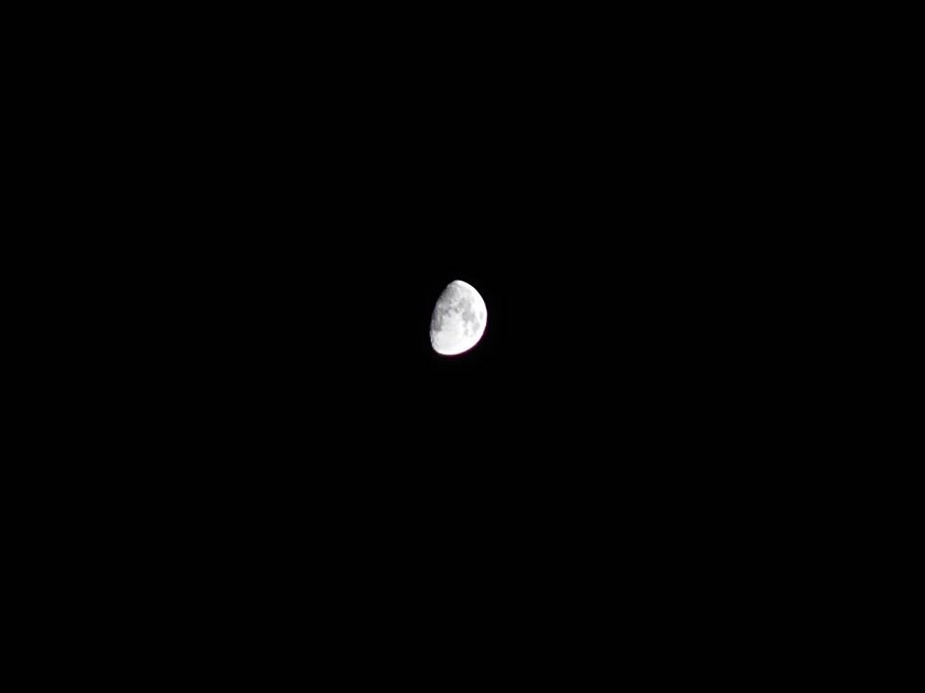 Xperia 1 III拍攝月亮