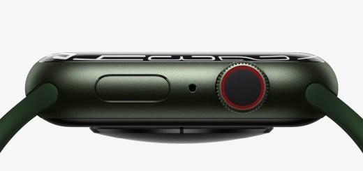 Apple Watch Series 7 顯示器邊緣設計基於光學折射原理,讓全螢幕錶面與 app 可以和錶殼彎曲處無縫連接。