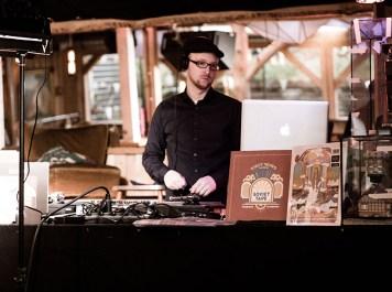 DJ Scientist (c) Sulamith Sallmann