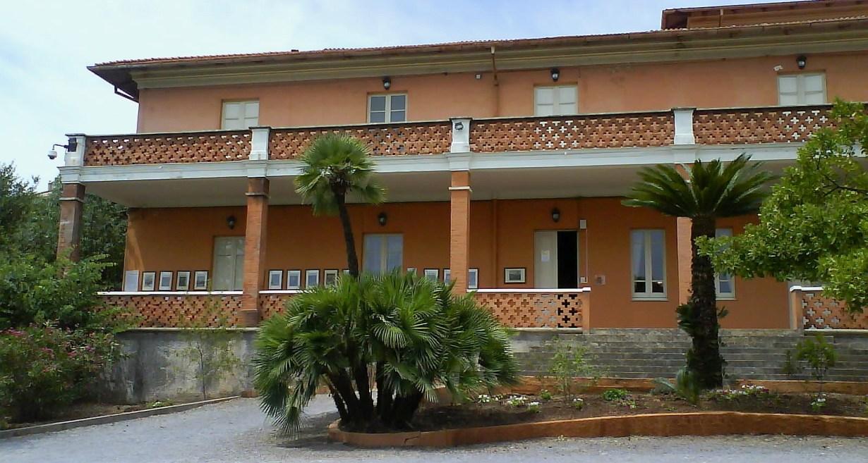 Villa Pertusola