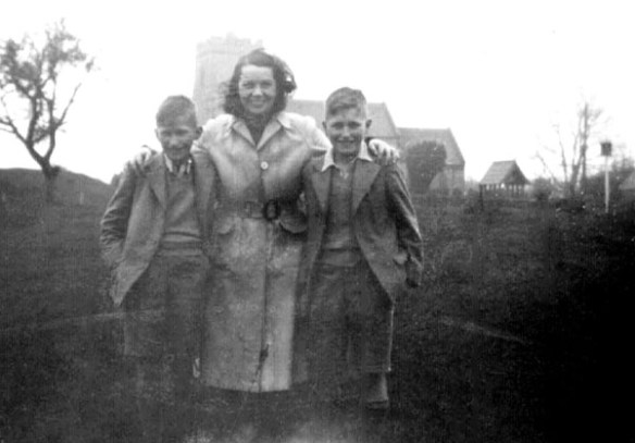 My mother on Castle Green with Tony Archer (on the left) and David Archer in 1948 on the day before they sailed for Australia
