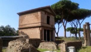 tombe latine