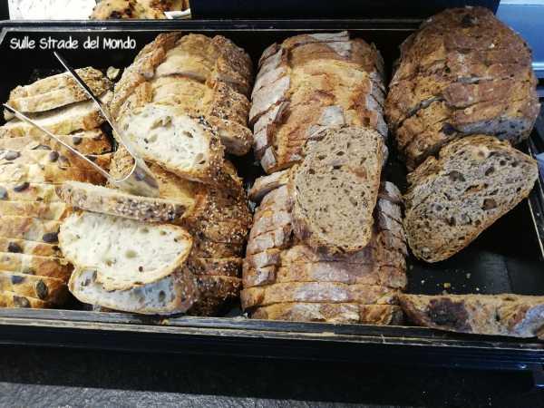 Pane francese a colazione
